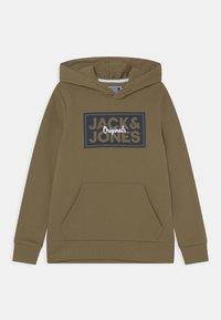 Jack & Jones Junior - JORTAPES HOOD JR - Hoodie - martini olive - 0