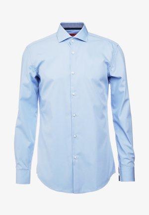 KERY SLIM FIT - Formal shirt - light pastel blue