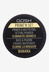Gosh Copenhagen - PRIME'N SET POWDER PRIMER & MATTIFYING SETTING POWDER - Primer - 002 banana - 2