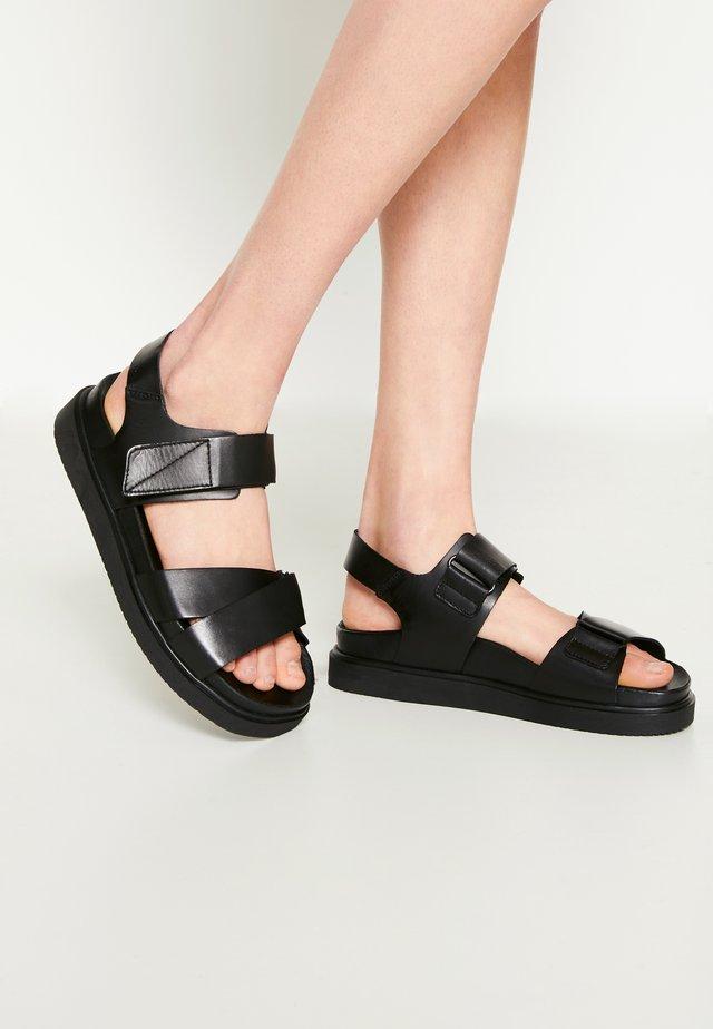 HAZEL - Sandalen met plateauzool - black