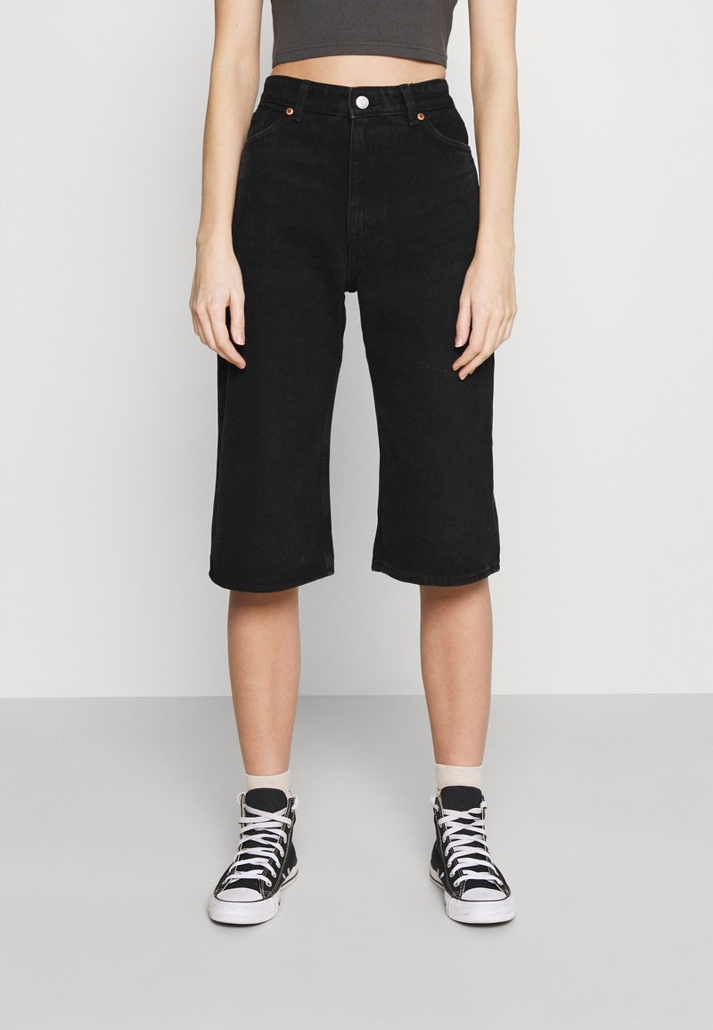 Monki - AGATHA CULOTTES - Shorts di jeans - black dark