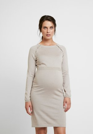 DRESS - Vestido de punto - camel