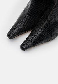 MIISTA - SANDY - Boots - black - 4