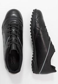 Umbro - MEDUSÆ III LEAGUE TF - Scarpe da calcetto con tacchetti - black/carbon - 1