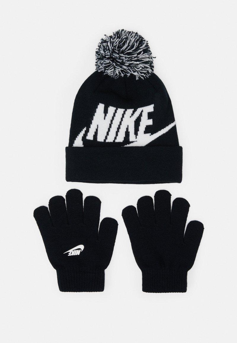 Nike Sportswear - POM BEANIE GLOVE SET - Gloves - black