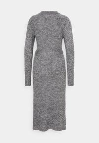 Who What Wear - TIE WAIST DRESS - Pletené šaty - black marl - 6