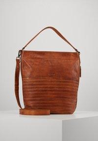 FREDsBRUDER - CHERI - Handbag - caramel - 0