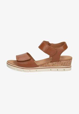 Wedge sandals - cognac nappa