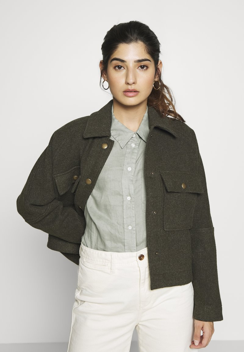 ONLY Petite - ONLGRAICE JACKET  - Summer jacket - kalamata