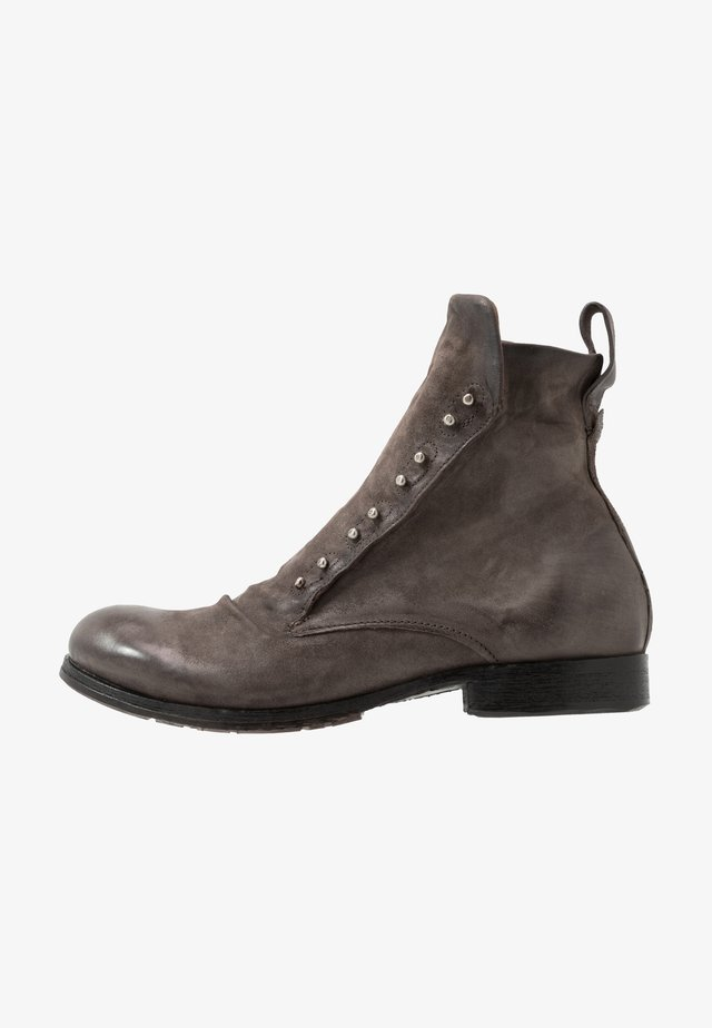 CLASH - Cowboy/biker ankle boot - smoke
