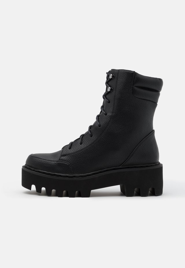 HIGH PROFILE LACE UP BOOTS - Platåstövletter - black