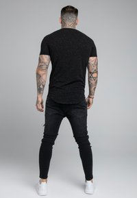 SIKSILK - NEPS TEE - T-shirt basic - black