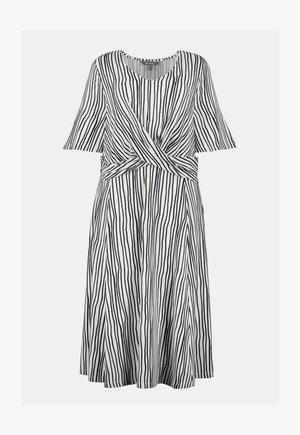 Jersey dress - weiß/marine