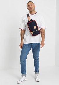 Harvest Label - MINI MULTI - Across body bag - navy - 1