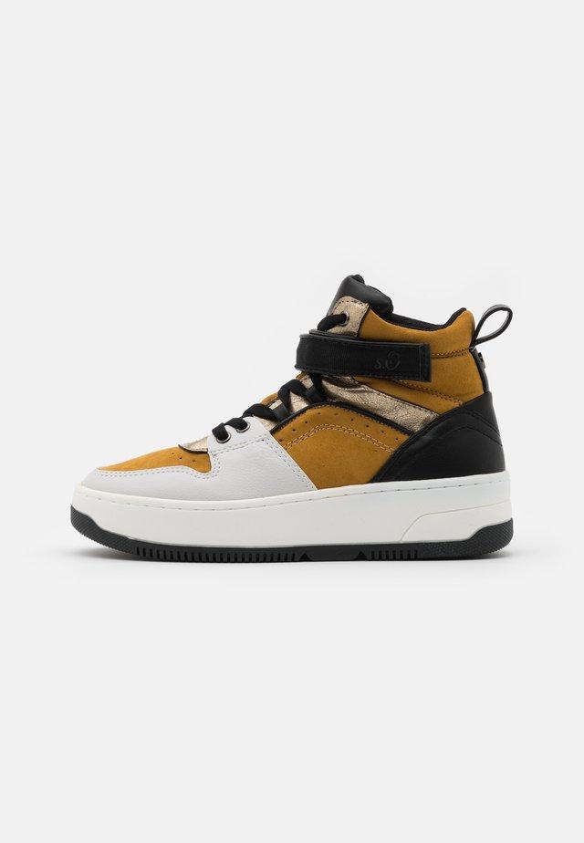 Zapatillas altas - saffron