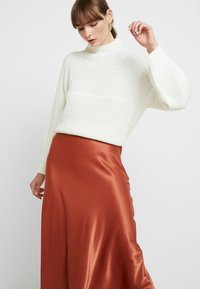 Monki - BAILEY SKIRT - Maxi sukně - rust - 3