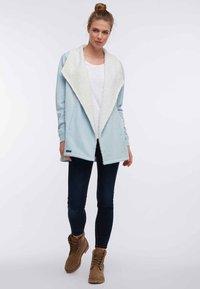 DreiMaster - Lehká bunda - turquoise - 1