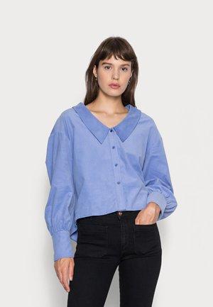 ALEXIA BLOUSE - Button-down blouse - aster blue