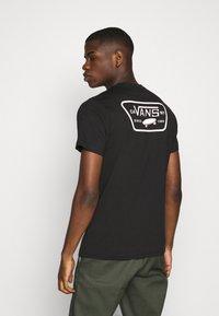 Vans - FULL PATCH BACK  - Print T-shirt - black/pink - 2