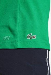 Lacoste Sport - GRAPHIC - Triko spotiskem - palm green - 4