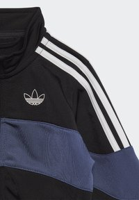 adidas Originals - Tracksuit - black - 2