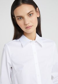 Tiger of Sweden - AME - Button-down blouse - bright white - 4