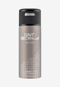 DAVID BECKHAM BEYOND DEO SPRAY - Dezodorant - -