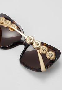 Versace - Zonnebril - havana - 2