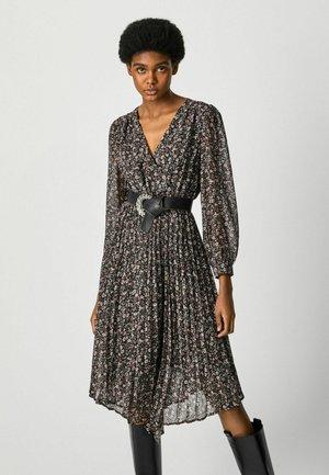 HILARY - Denní šaty - black