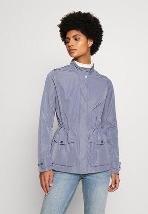 LUCIE SHOWERPROOF - Lehká bunda - slate blue