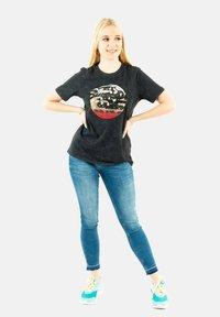 Superdry - Print T-shirt - noir - 1