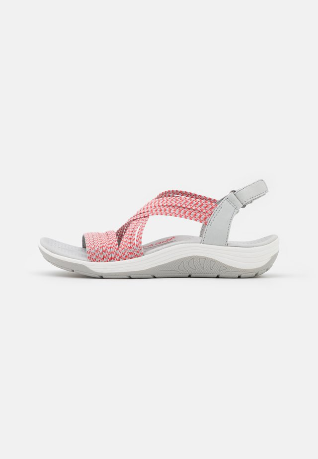 REGGAE CUP - Walking sandals - grey/coral gore
