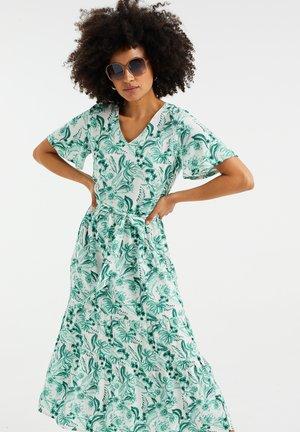 MET BLOEMENDESSIN - Maxi dress - white