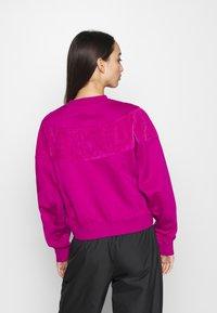 Nike Sportswear - HRTG VELOUR - Mikina - cactus - 2