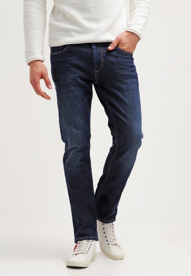 STRAIGHT RYAN DACO - Straight leg jeans - dark-blue denim