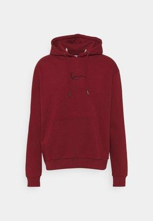 SMALL SIGNATURE ESSENTIAL HOODIE UNISEX - Sweatshirt - dark red