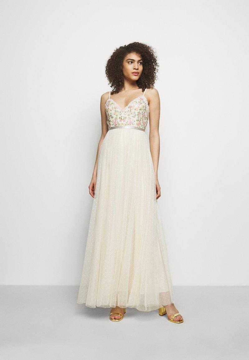 Needle & Thread - EMMA DITSY BODICE CAMI MAXI DRESS - Společenské šaty - champagne