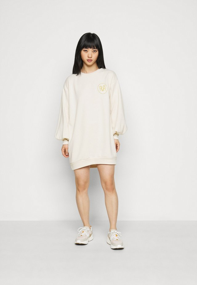 Korte jurk - cream