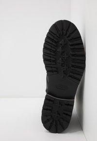 Bogner - COURCHEVEL - Lace-up ankle boots - black - 4
