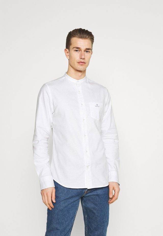 SLIM BRUSHED BAND COLLAR - Skjorter - white