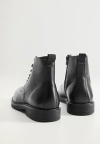 Mango - Lace-up ankle boots - black - 2