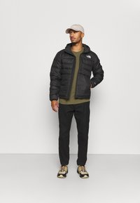The North Face - ACONCAGUA HOODIE - Down jacket - black - 1