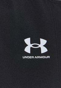 Under Armour - ACCELERATE  - Chaqueta de entrenamiento - black - 2