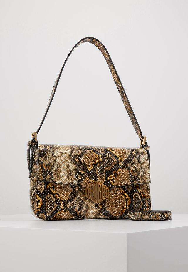 BAG - Håndtasker - mustard