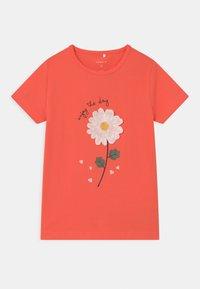 Name it - NMFDARUNA - Print T-shirt - persimmon - 0