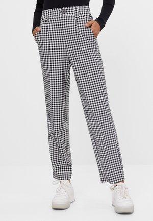 MIT GÜRTEL  - Kalhoty - grey