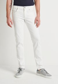 J.LINDEBERG - JAY SOLID - Jeans slim fit - cloud white - 0