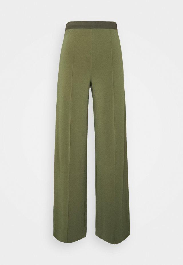 MIELA - Kalhoty - clover green