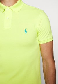 Polo Ralph Lauren - SLIM FIT - Polo - bright pear - 6