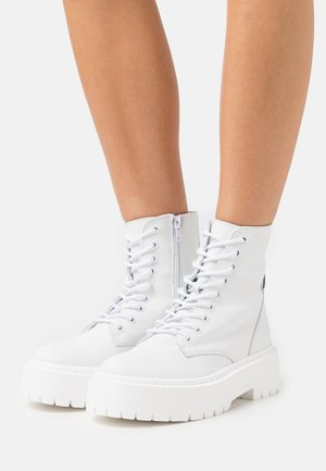 SKYLAR - Lace-up ankle boots - white
